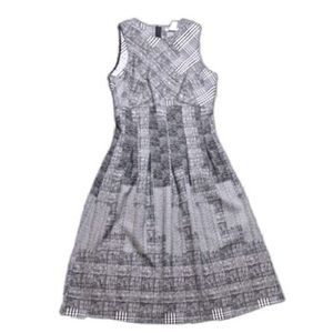 H&M Sleeveless Gray Multi Print Fit Flare Dress 6